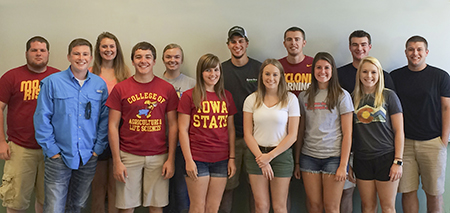 2016-2017 Peer Mentors Team